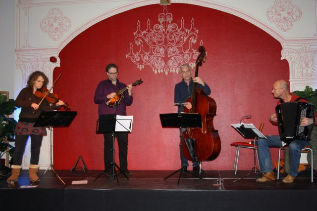Charivari Trio+Janos Koolen