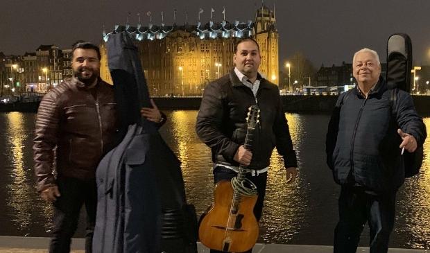 Virtuoos gespeelde Sinti en gipsy van Feigeli Priso Trio
